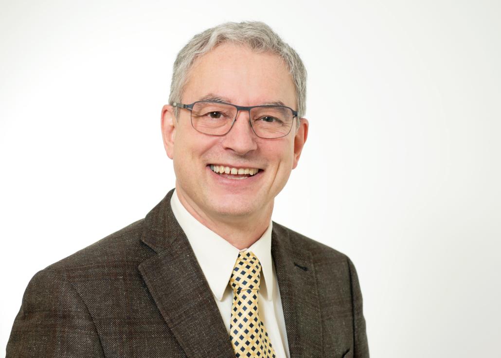 Dr. med. Gaudenz CURTI